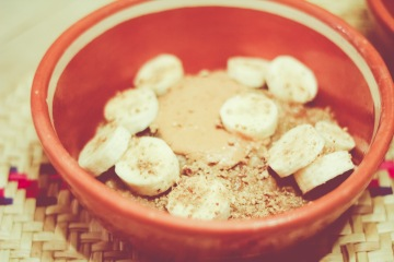 Oatmeal for Dessert / Mere Living Vegan Food Blog